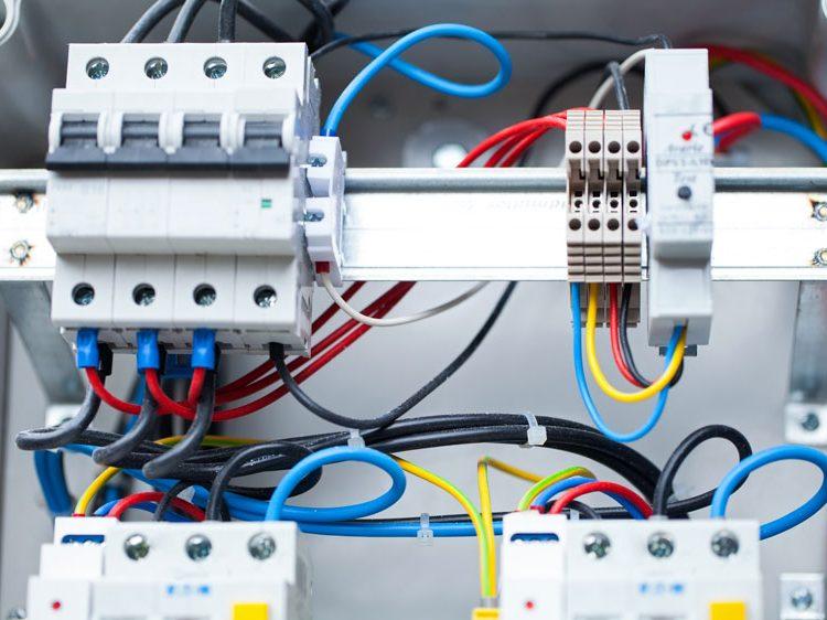 Cablaggio Quadri Elettrici Industriali